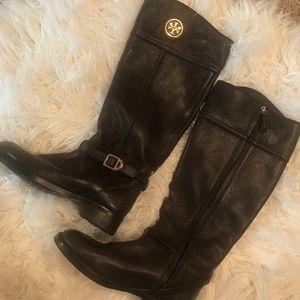 Tory Bur h Boots